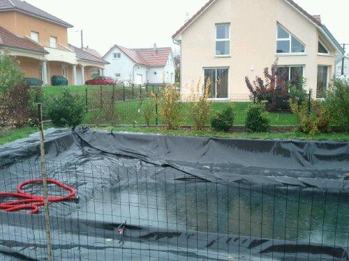 Remplissage eau de pluie piscine naturellepiscine naturelle for Remplissage automatique piscine