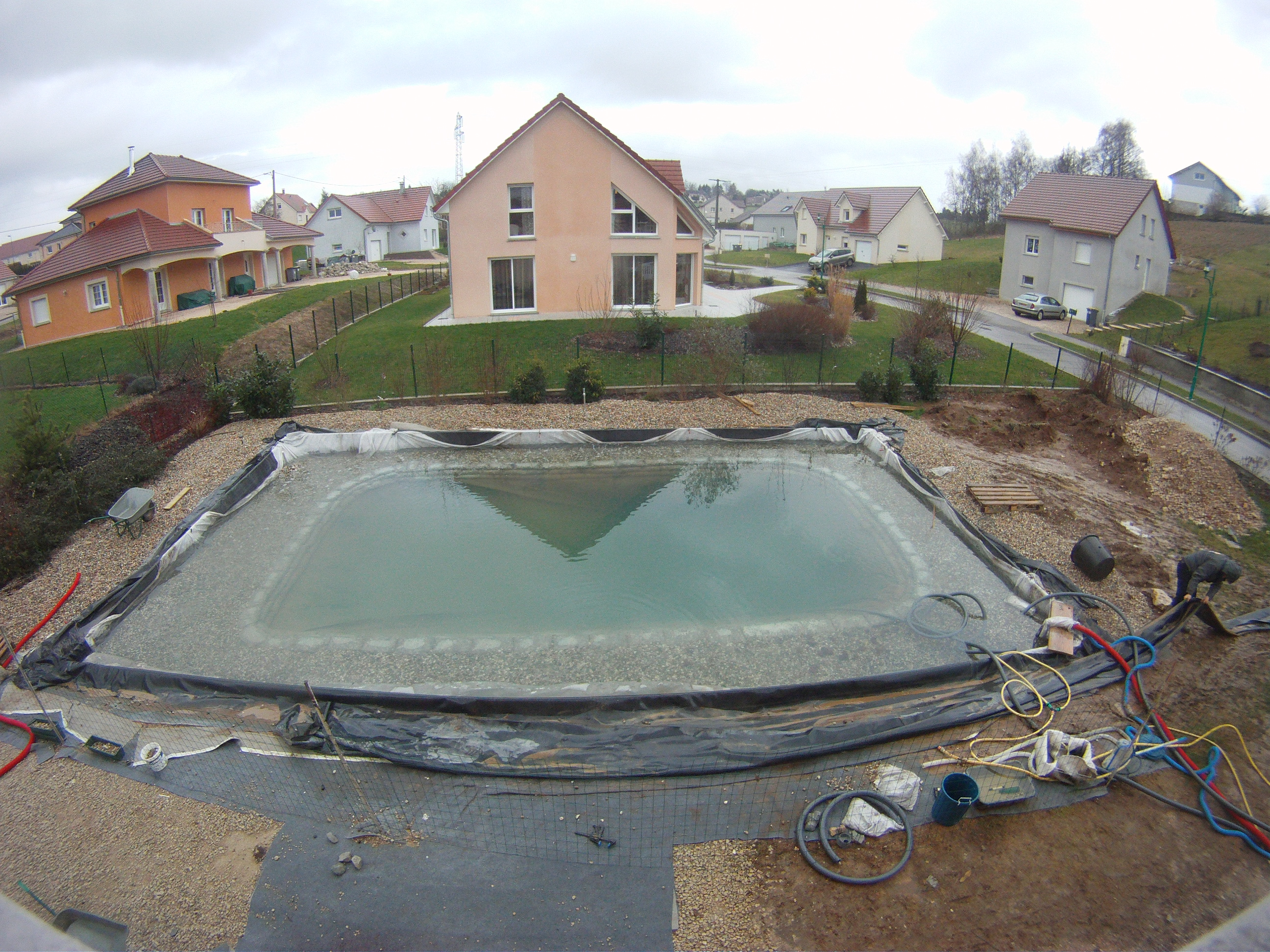 D coupe de la b che piscine naturellepiscine naturelle for Piscine avec bache epdm
