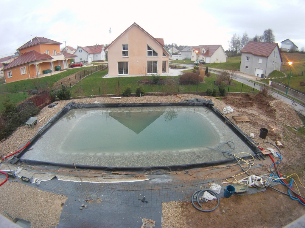 D coupe de la b che piscine naturellepiscine naturelle for Construire piscine naturelle